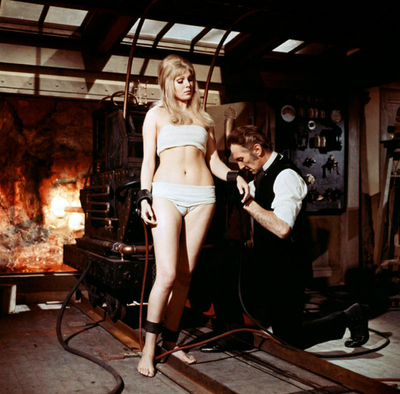 Frankenstein Created Woman2