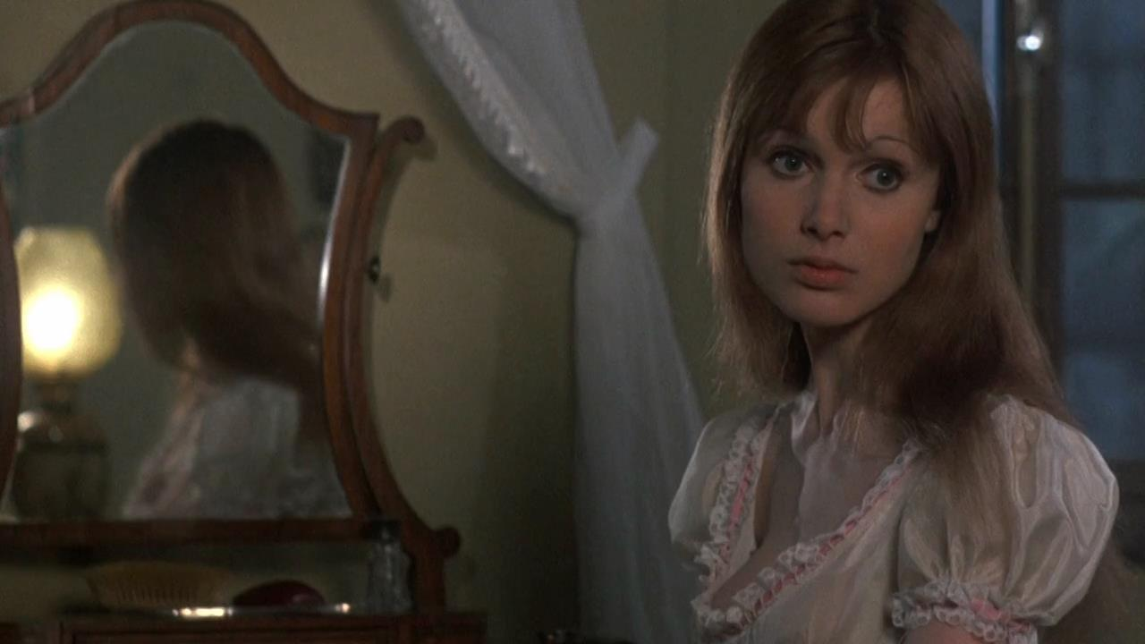 Ingrid pitt the vampire lovers - 2 part 1