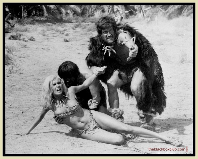Victoria Vetri in WHEN DINOSAURS RULED THE EARTH 1970 Hammer Films rare picsI
