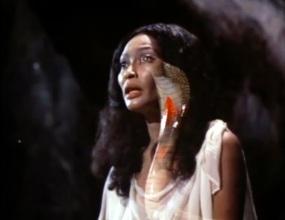 night of the cobra woman 9