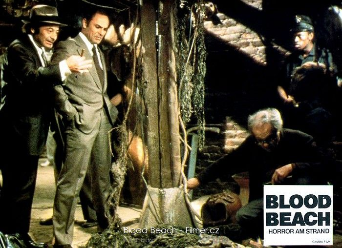 blood-beach-13