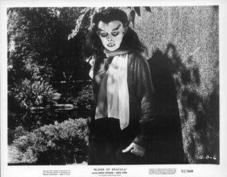 blood-of-dracula-1957-11