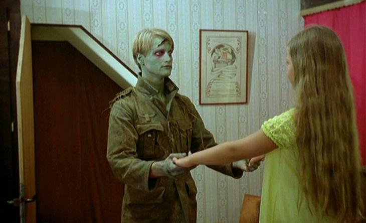 zombie-lake-4